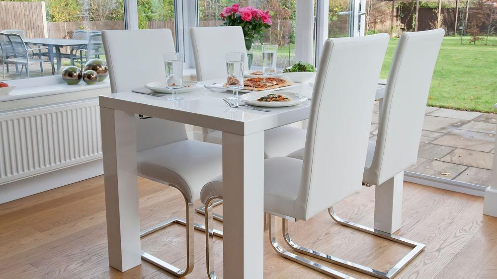 White Gloss Dining Room Table Throughout White Gloss Dining Tables (Image 18 of 20)