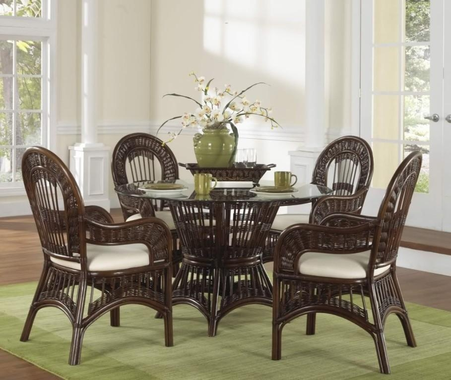 Wicker Dining Chairs For Beautifully Comfortable Space – Traba Homes In Wicker And Glass Dining Tables (Image 19 of 20)