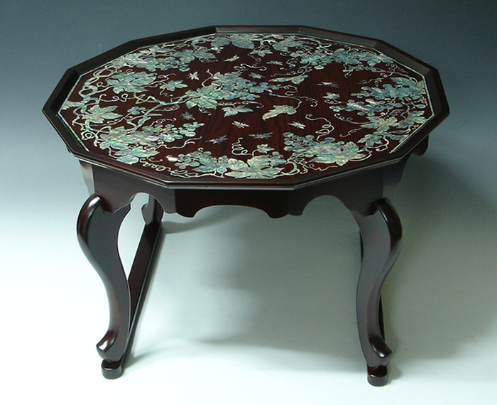 Wonderful Elite Mother Of Pearl Coffee Tables Pertaining To Mother Of Pearl Coffee Table With Lacquer Wooden Tiger Leg Grape (Image 45 of 50)