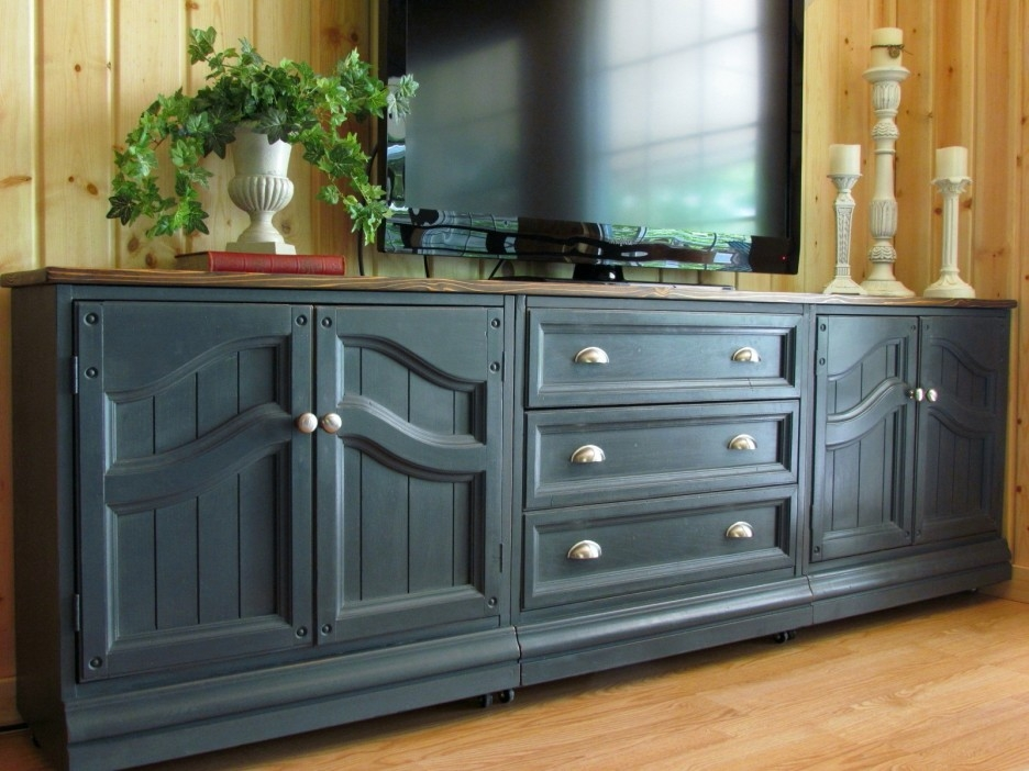 Wonderful Famous Long TV Cabinets Furniture Regarding Long Wooden Enclosed Tv Cabinets For Flat Screens With Doors Mixed (View 33 of 50)