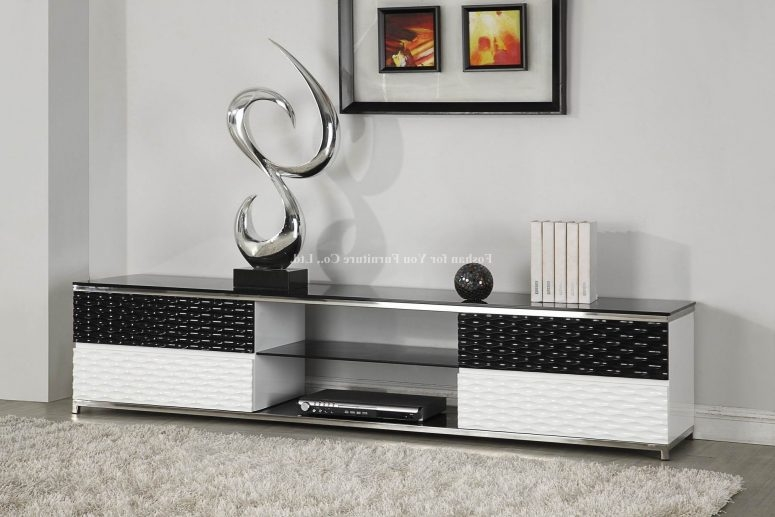 Wonderful Fashionable Single TV Stands With Tv Stand Ideas For Wall Mounted Tv Safavieh Braided Multi Area Rug (View 21 of 50)