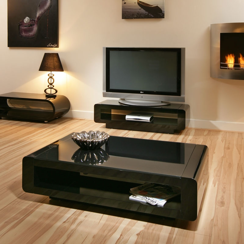 Wonderful Favorite Floating Glass Coffee Tables With Regard To Modern Black Glass Coffee Table Table And Estate (Image 45 of 50)