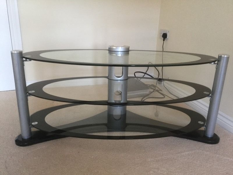 Wonderful Latest Oval Glass TV Stands With Regard To Oval Glass Tv Stand In Kirkcaldy Fife Gumtree (View 19 of 50)