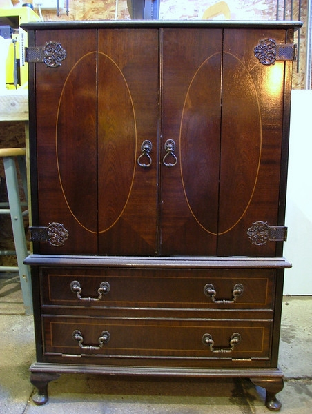 Wonderful New Mahogany TV Cabinets Regarding Mahogany Tv Cabinet Wheelshots (View 17 of 50)