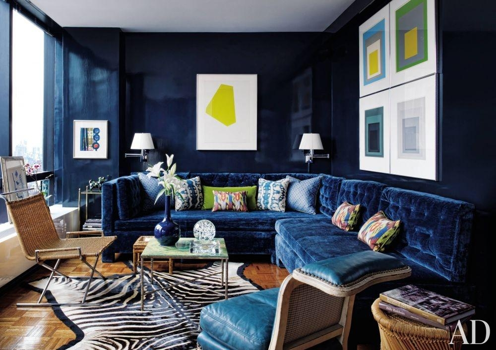 21 Different Style To Decorate Home With Blue Velvet Sofa Pertaining To Living Room With Blue Sofas (Image 6 of 20)