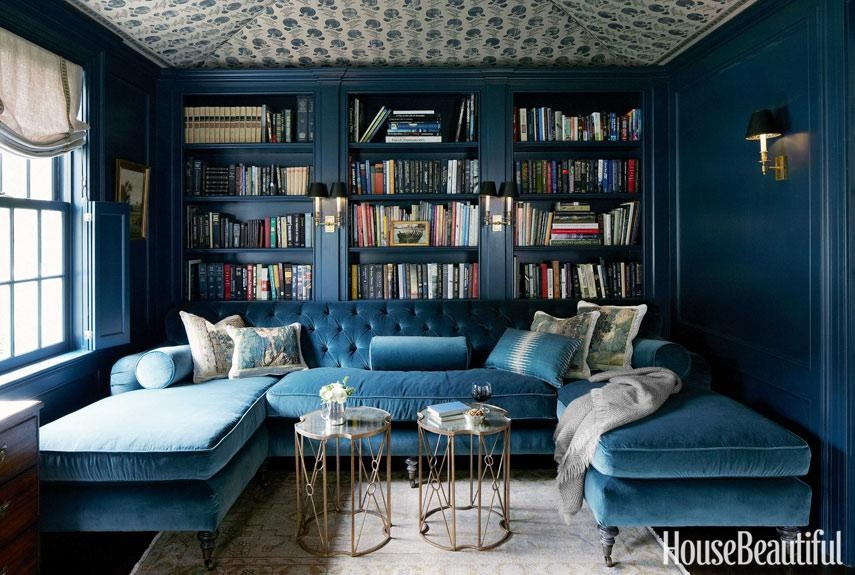 21 Different Style To Decorate Home With Blue Velvet Sofa Throughout Blue Velvet Tufted Sofas (Image 2 of 20)