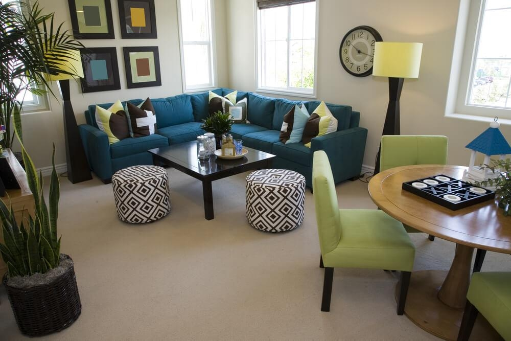 23 Modern Sectional Sofas For Small Spaces (That Look Fabulous) With Regard To Small Sofas With Chaise Lounge (View 2 of 20)