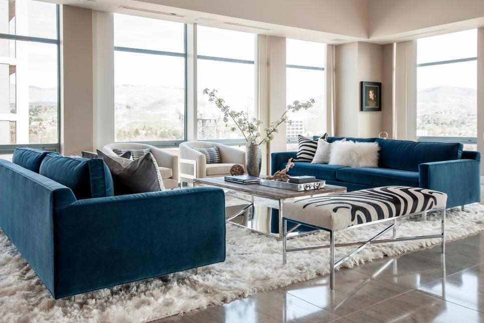 30 Sofas Made For Hours Of Lounging | Hgtv Within Giant Sofas (Image 3 of 20)