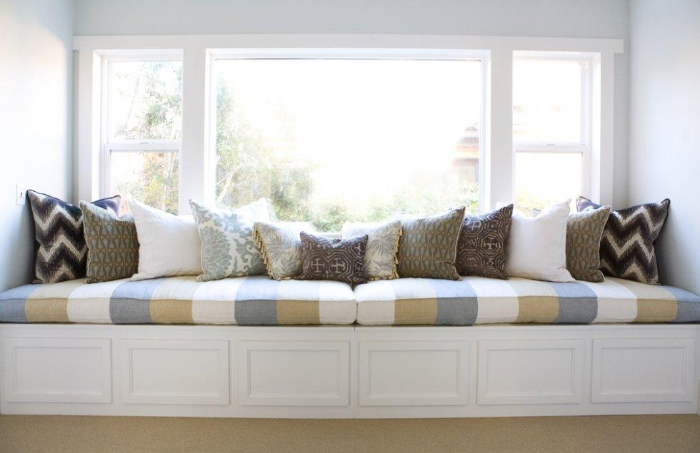 Adorable Bay Window Sofa Ideas – Camer Design With Window Sofas (View 3 of 20)