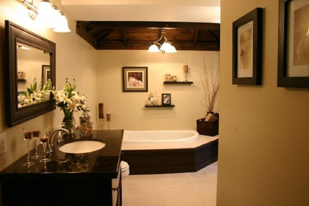 Bathroom Ideas: Black Framed Bathroom Wall Art Above Built In Pertaining To Contemporary Bathroom Wall Art (View 5 of 20)