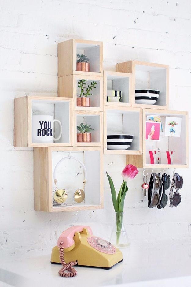 Best 10+ Teen Wall Decor Ideas On Pinterest | Girls Bedroom Ideas With Wall Art For Teenagers (View 13 of 20)