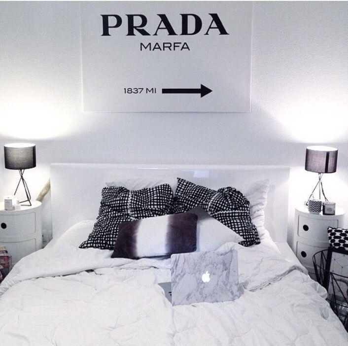 Best 25+ Prada Marfa Ideas Only On Pinterest | White Gold Room Throughout Prada Wall Art (Image 6 of 20)