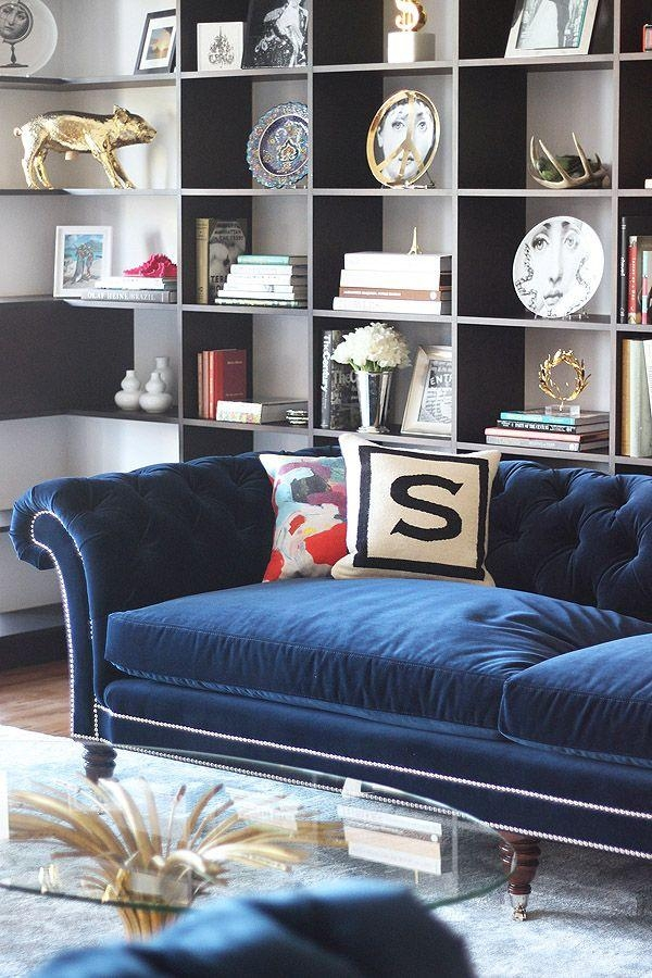 Best 25+ Velvet Tufted Sofa Ideas On Pinterest | Velvet In Blue Velvet Tufted Sofas (View 17 of 20)