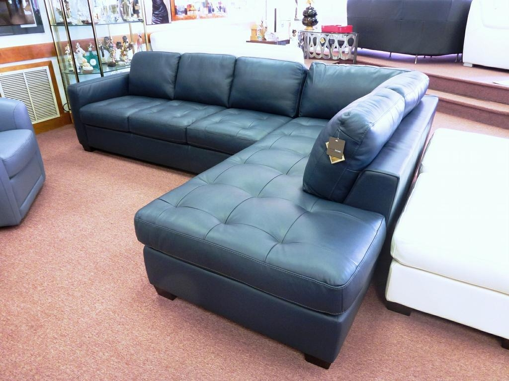 Featured Image of Blue Leather Sectional Sofas