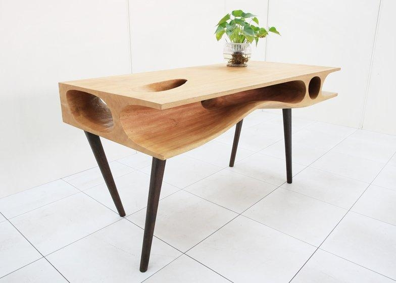 Catablehao Ruan Offers A Work Surface For Cats And Their Owners For Cat Tunnel Couches (Image 12 of 20)