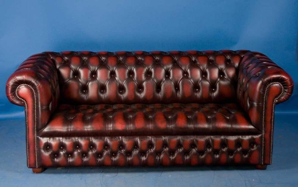 Chesterfield Sofa Styles | Antique Chesterfield Sofas Intended For Churchill Sofas (View 19 of 20)