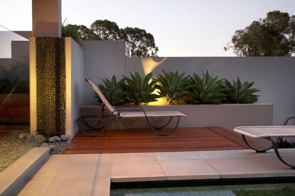 Contemporary Outdoor Wall Art Modern Outdoor Wall Decor Five Best With Modern Outdoor Wall Art (Image 10 of 20)