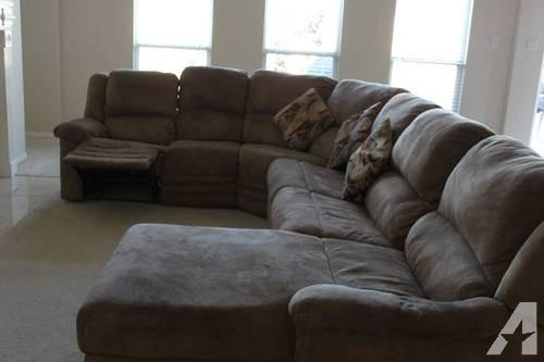 Curved Sectional Sofa (Image 11 of 20)