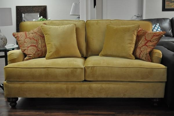 Custom Comfort: Apartment Sofas Just The Right Size! With Regard To Condo Size Sofas (Image 17 of 20)