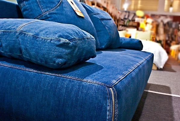 Denim Living Room Furniture With Denim Loveseat Review | Home With Denim Loveseats (Image 10 of 20)
