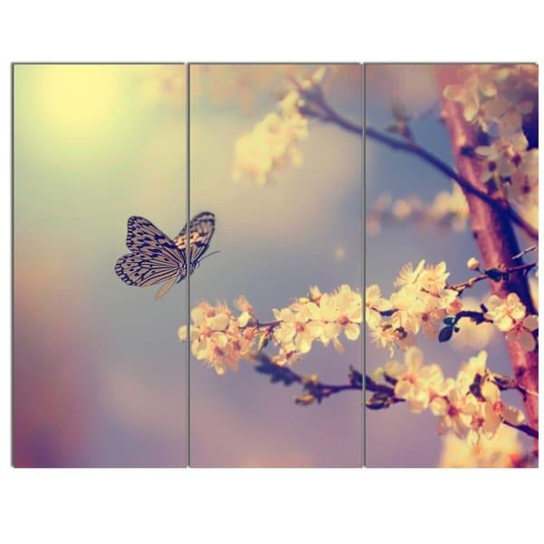 Designart 'vintage Butterfly With Flowers' Modern Flower Canvas In Butterfly Canvas Wall Art (Image 13 of 20)