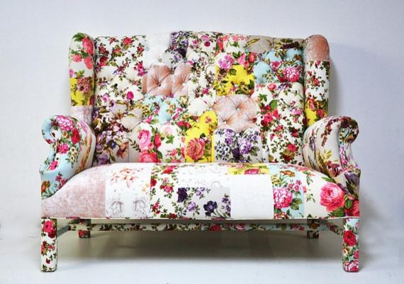 Floral Sofa Pertaining To Floral Sofas (View 10 of 20)