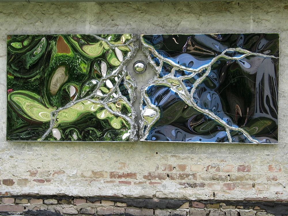Gahr | Modern Garden Sculptures | Metal Furniture Art | Mirror Regarding Outdoor Wall Sculpture Art (Image 11 of 20)
