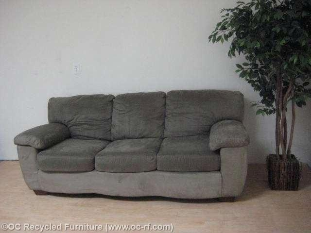 Green Ashley Microfiber Sofa – Used Furniture – Recycled Couches With Regard To Green Microfiber Sofas (Photo 12 of 20)