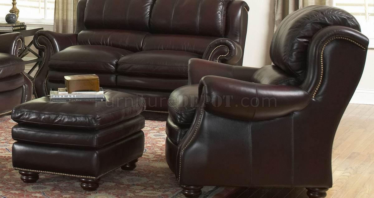 Italia Burgundy Bridgeport Sofa & Loveseat Set W/options With Bridgeport Sofas (View 8 of 20)