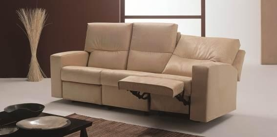 Italian Sofas And Loveseats | Living Room Furniture Sofas For Sale Intended For Italian Recliner Sofas (View 6 of 20)