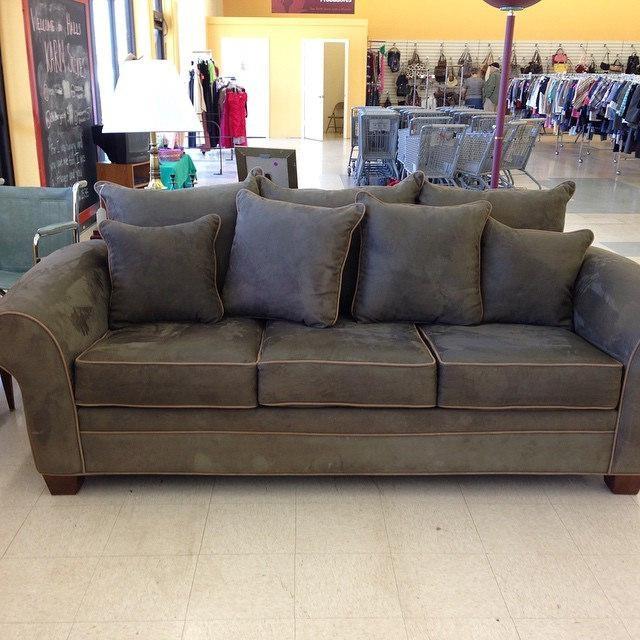 Like New Kroehler Sage Green Microfiber Sofa $ (Image 16 of 20)