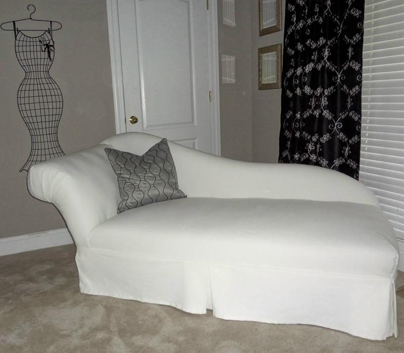 Featured Image of Slipcovered Chaises