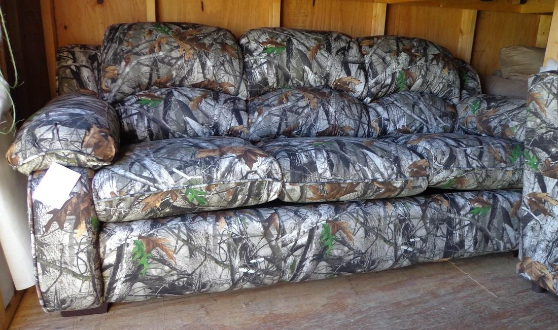 Living Rooms And Sectionals Intended For Camouflage Sofas (Image 14 of 20)