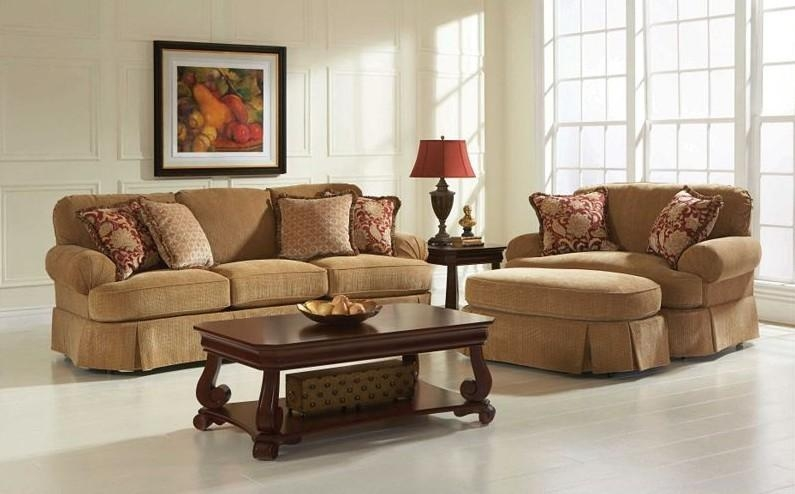 Mckinney Sofa Groupin Stock Broyhill (Image 15 of 20)
