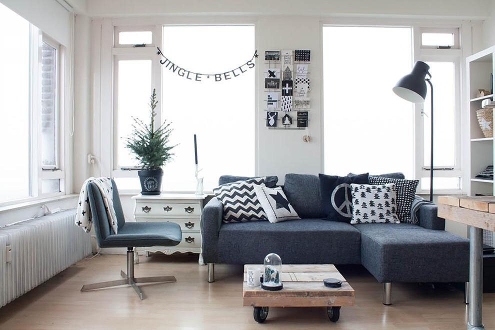 Microfiber Sectional Couch In Living Room Scandinavian With Within Blue Grey Sofas (Image 17 of 20)