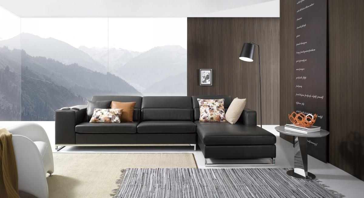 Modern Black Leather Sectional Sofa With Black Modern Sectional Sofas (Image 14 of 20)