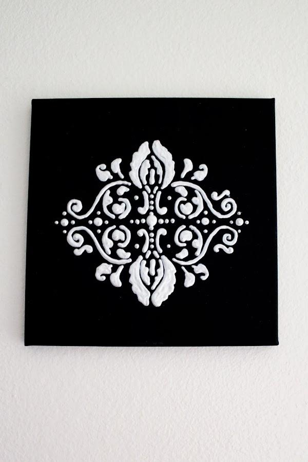 Featured Image of Black And White Damask Wall Art