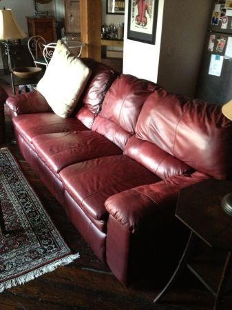 Philadelphia: Berkline Reclining (Dark Red) Leather Sofa Set $775 In Berkline Leather Recliner Sofas (View 5 of 20)