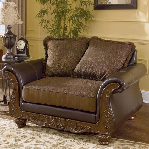 Signature Designashley Wilmington – Walnut Traditional Exposed For Loose Pillow Back Sofas (Image 13 of 20)