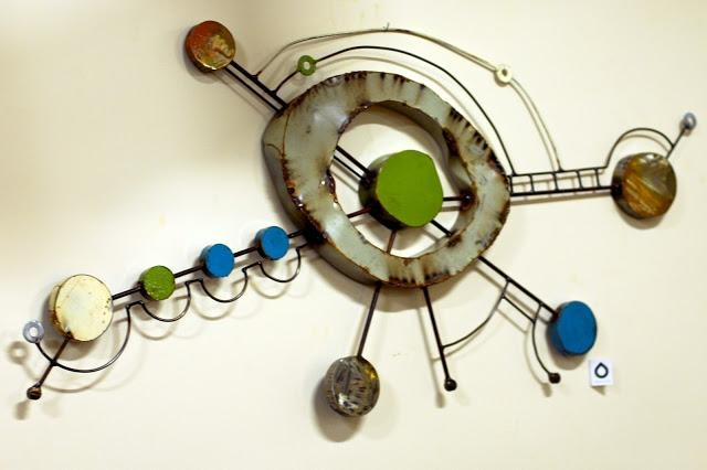 Featured Image of Funky Metal Wall Art