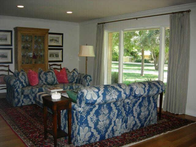 Ugly Blue & White Sofas – Ugly House Photos With Regard To Blue And White Sofas (View 12 of 20)