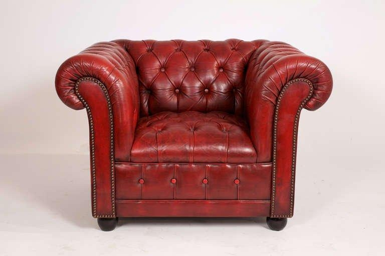 Vintage Pair Of Red Leather Chesterfield Club Chairs At 1Stdibs Pertaining To Red Leather Chesterfield Chairs (View 9 of 20)