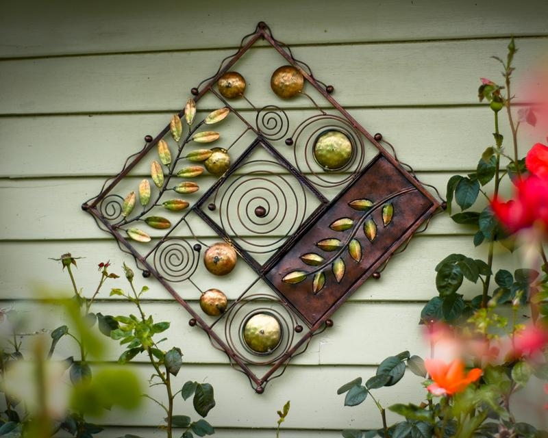 Vintage Wrought Iron Outdoor Wall Decor : Wrought Iron Outdoor Pertaining To Outside Wall Art (Image 19 of 20)