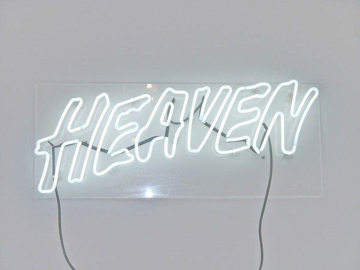 Featured Image of Neon Light Wall Art