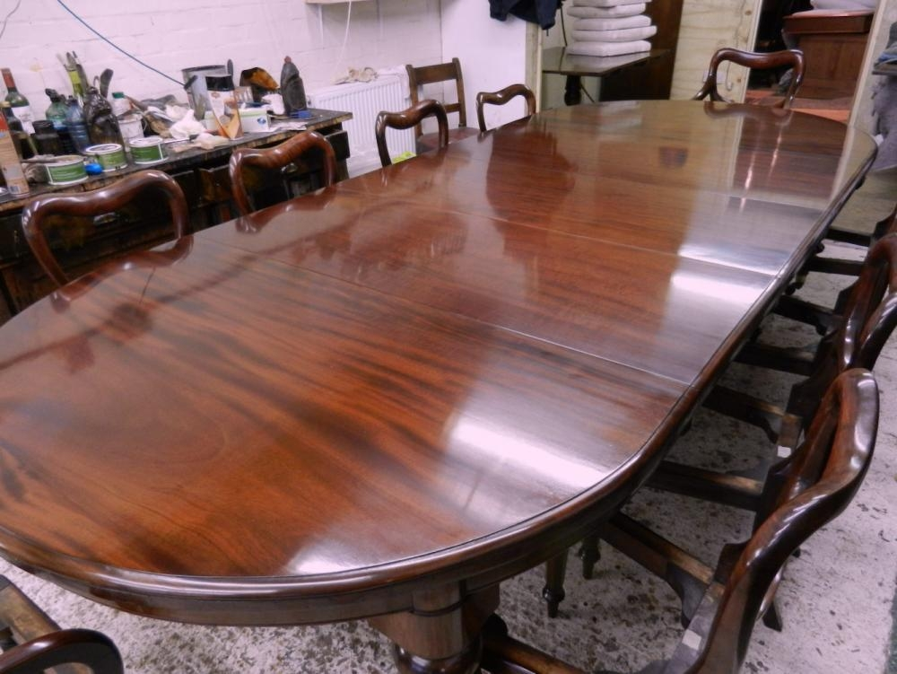 4 Metre Original Victorian Round Extending Dining Table Regarding Best And Newest Mahogany Dining Tables And 4 Chairs (Image 2 of 20)