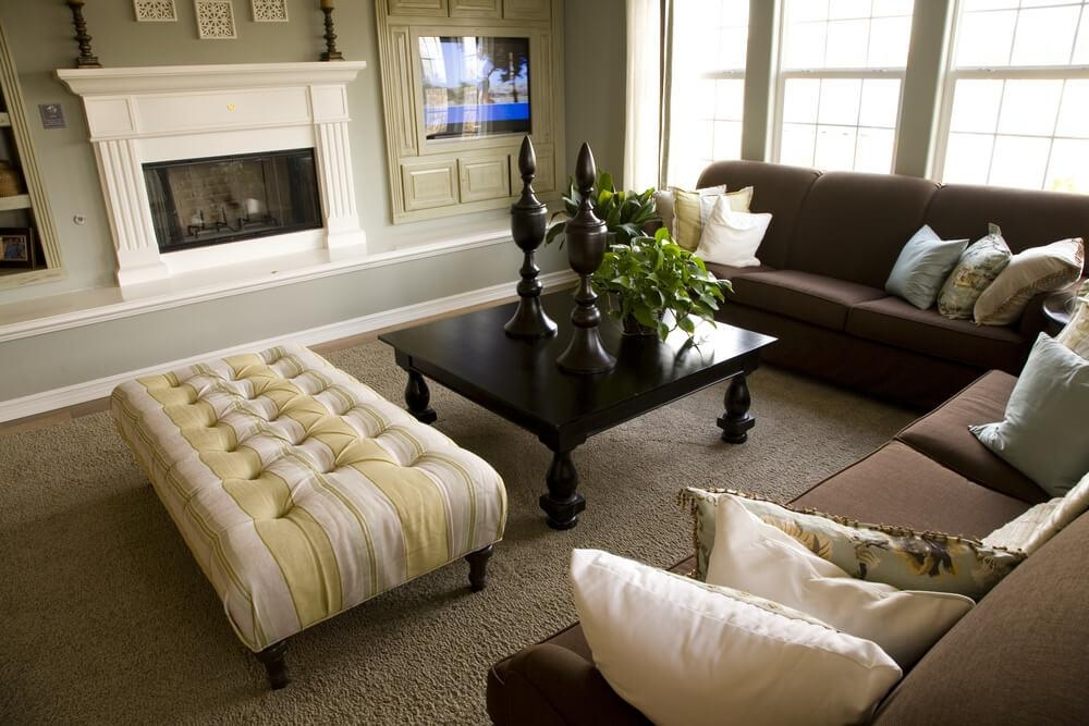 47 Beautifully Decorated Living Room Designs Within Living Room With Brown Sofas (Photo 16 of 20)