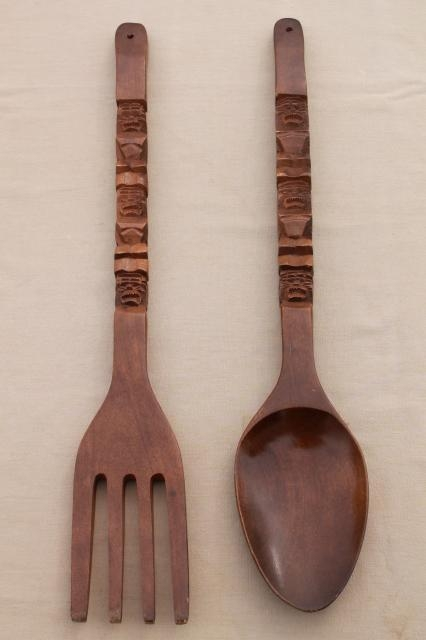 60S Vintage Carved Wood Fork & Spoon Wall Art, Polynesian Tiki Bar With Wooden Fork And Spoon Wall Art (View 8 of 20)
