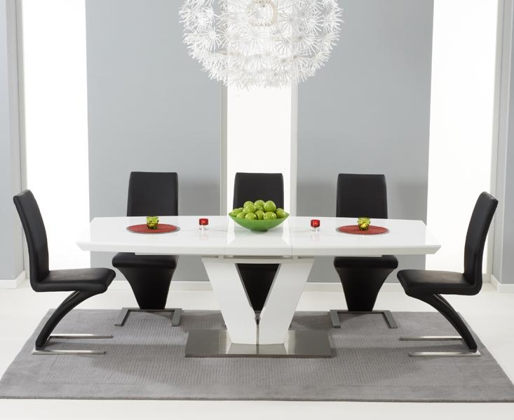Aqua 120Cm Round High Gloss Furniture White Dining Table & 4 White With Current Oval White High Gloss Dining Tables (Image 2 of 20)