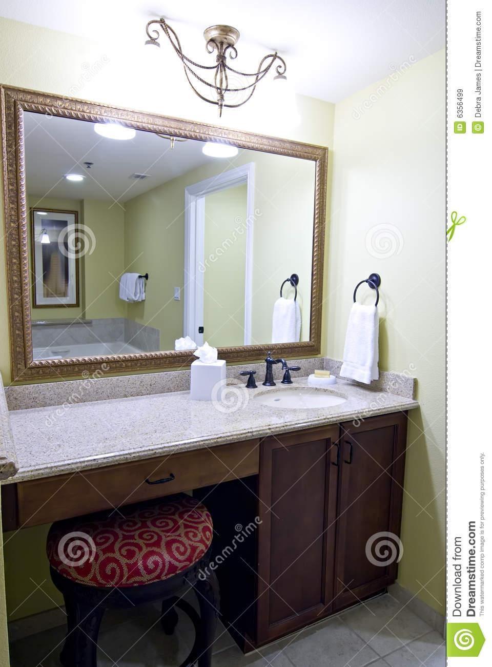 Bathroom Vanity Mirrors Best : Bathroom Vanity Mirrors – Home Regarding Bathroom Vanity Mirrors (Image 8 of 20)