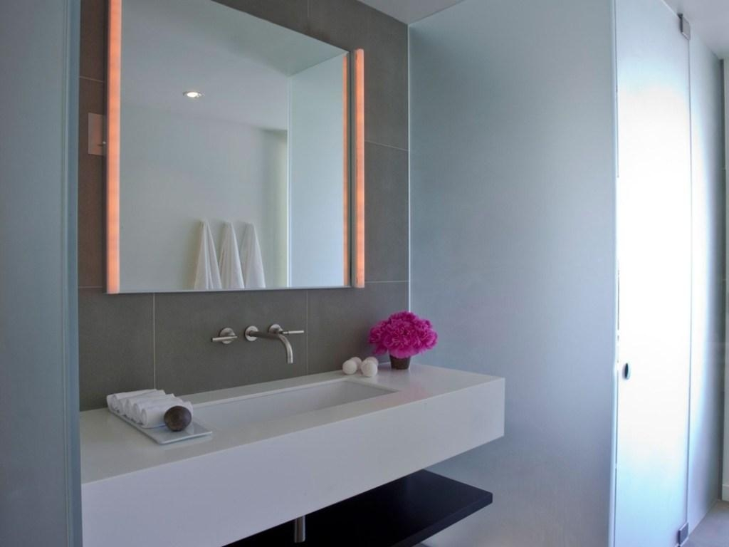 Bathrooms Design : Modern Bathroom Mirrors And Lights Mirror Inside Modern Bathroom Mirrors (Image 10 of 20)